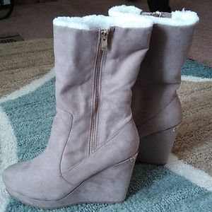 Juicy couture wedge boot